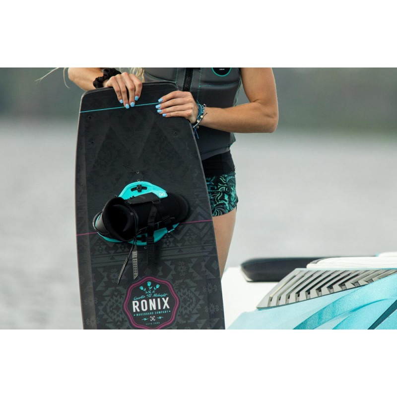 Ronix Halo girl chausses wakeboard femme 2020
